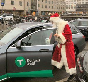 Prisen på en taxa i Dantaxi jul/nytår er den samme som den alm. weekendtakst.