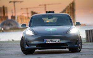 Tesla el-taxa i Aarhus
